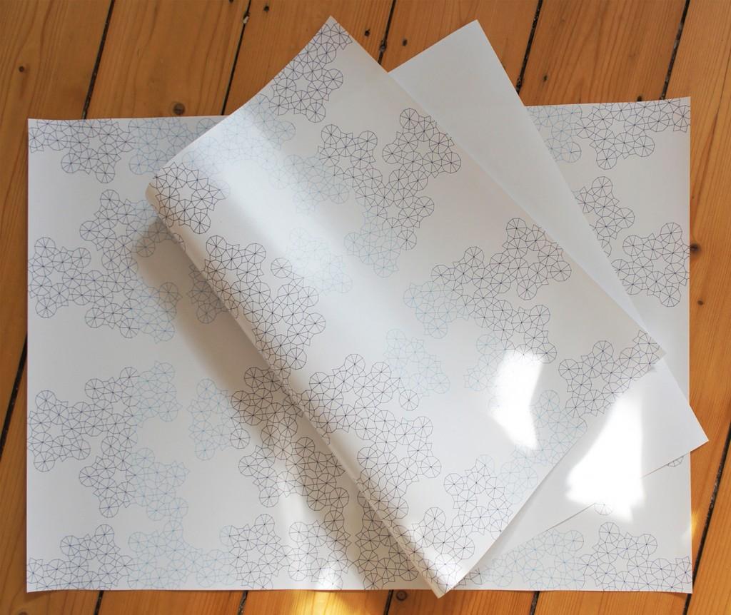 Geschenkpapier in Blautönen